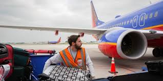 Lax Baggage Handlers Stealing Business Insider