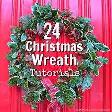 24 Christmas Wreaths with Easy to Follow Tutorials @Maaike Anema Anema  Boven make lists .
