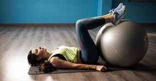 8 postnatal exercises plus a sle