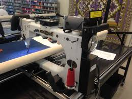 Used Longarm Quilting Machines - Accomplish Quilting & Pre-owned / used longarm quilting machine. This machine was traded in for  an INNOVA 22 Lightning Stitch Adamdwight.com