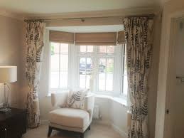 how to hang eyelet curtains on a bay window gopelling net