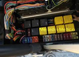 fuse box wiring house b and q diagram gardendomain club how to remove fuses from old fuse box 2004 f150 fuse box removal s cl class fuses and relays location designation b q wiring diagram fuse box