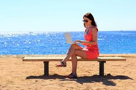telecommute careers articles lancewriting have pen will travel incentives for lance writers to earn as they learn