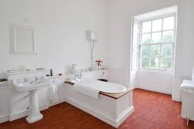 traditional bathrooms designs. Traditional Bathrooms Designs