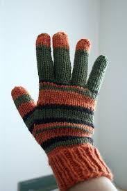 Knit Gloves Pattern