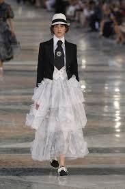 Chanel Designs 2017 Chanel Resort 2017 Collection Vogue