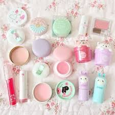 kawaii pastel cosmetic