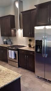 Dark Brown Cabinets Kitchen 25 Best Ideas About Brown Cabinets Kitchen On Pinterest Brown