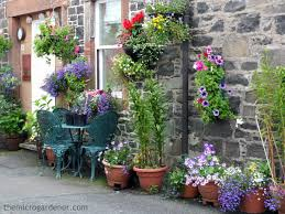 container garden design. Hanging And Wall Mounted Container Gardens Maximise Vertical Space Create Impact In A Small Garden Design