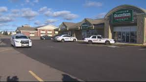 2 arrested in armed robbery at Moncton pharmacy - New Brunswick |  Globalnews.ca