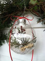 20 Elegantly Adorable Ways to Fill Clear Ornaments