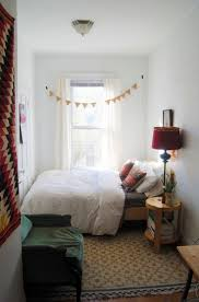 For Small Bedrooms Best 10 Cozy Small Bedrooms Ideas On Pinterest Desk Space Uni