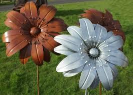 Stunning Metal Garden Flowers Outdoor Decor Metal Garden Flowers  Smalltowndjs