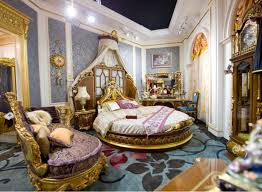 Bedroom classic design by european decorating with round bed plus round  mattress and classical headboard plus