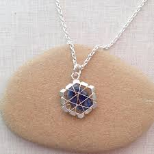 lisa yang s jewelry blog two ways to wire wrap undrilled stone pendants