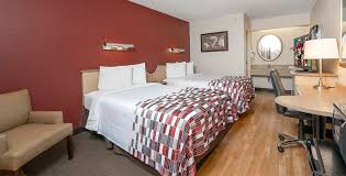 red roof inn louisville fair and expo double bed room