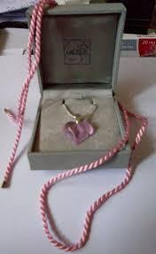 dettagli su lalique crystal glass molto bello cuore ciondolo pretty pink mozzafiato mostra il titolo originale