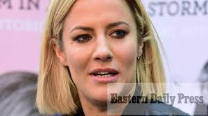 Police battled to save tragic love island star in her flat after officers were flagged down in the street as inquest hears twin sister identified her. Norfolk Tv Presenter Caroline Flack Dies Age 40 Eastern Daily Press