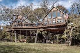 Treehouse Pictures Tree House Rentals In New Braunfels