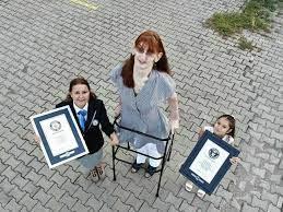 Dünyanın en uzun boylu kadını Rümeysa Gelgi, Guinness Rekorlar Kitabı'na  girdi - 13.10.2021, Sputnik Türkiye