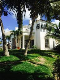 Looking for a custom residential Bahamian architect Ken Tate