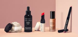 launched by a former makeup artist bobbi brown embraces a refreshing natural approach to makeup enhance your natural beauty with bobbi brown s signature