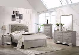 amalia queen size bedroom set silver