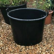1 extra large plastic garden tub