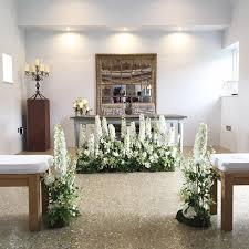 altar-area-Kate-Avery-Flowers.jpg - Botanical Brouhaha