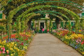 the walled normandy garden