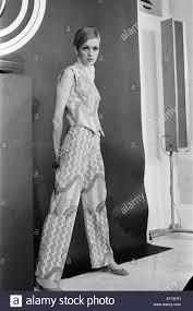 Twiggy Fashion Designer New Look Fashion Black And White Stock Photos Images Alamy