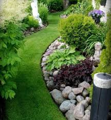 Decorative Stones For Flower Beds Garden Excellent Garden Idea Applied With Circle Rock Garden