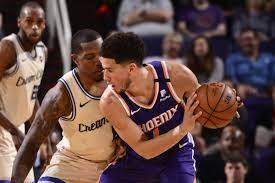 Recap: Suns stun Giannis-less Bucks in shootout, 140-131 - Bright Side Of  The Sun