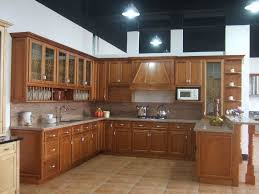 image of oak kitchen cabinets and paint colors
