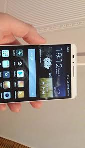 Huawei Ascend Mate 7 reviewed: High-end performance, mid-range ...