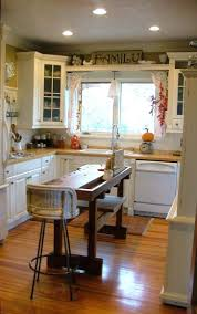 how many pendants over 8 foot kitchen island ideas