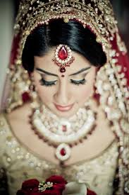 the dulhan diaries very simple and elegant bridal makeup just lovely although i would prefer red lips for some extra kick