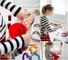 Great Kitchen Gift The Yummiest Treats Are Made On These Play Food Sets