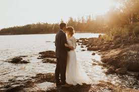 maddy and riese s autumn wedding at grand ss resort on lake superior couldn t have been more perfect our bridal hair airbrush makeup team arrived