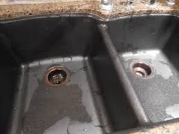 step 2 spray windex on your faucet fixtures and whip them down with a clean cloth i use old washcloths as they are very absorbent and don t leave fuzzes