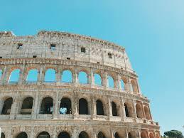 Die spanische treppe in rom ist wieder offen. Rom Touristen Durfen Sich Nicht Mehr Auf Spanische Treppe Setzen Kolner Stadt Anzeiger