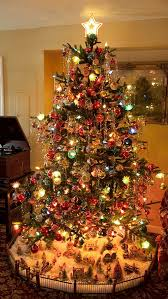Notice the village at the base of the tree. ~~I do my village