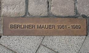 Image result for berlin duvarı