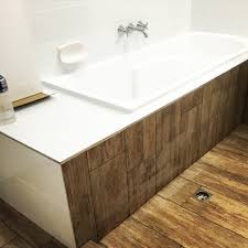 can you use vinyl flooring in the bathroom