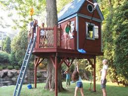... Salvaged wood treehouse, Green building idea