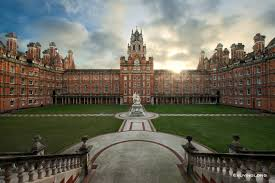 top london universities to study c london city most good london universities are located inside the city itself while the royal holloway university of london is about one hour away from the city s