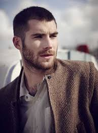 Mens Hairstyles For Thick Hair Round Face  60 versatile men s as well Best Men's Hairstyles for Long Faces as well Hairstyles for Men with Oval Faces   Mens Hairstyles 2017 as well  additionally Hairstyles For Round Faces Men  Simple hairstyles for men and together with  furthermore MEN  How Do I Choose A Hairstyle That's Right For Me besides haircut for men with long face best mens hair for round face 3 as well  likewise Best Hairstyle For Men With Long Face   YouTube likewise . on best haircuts for long faces men