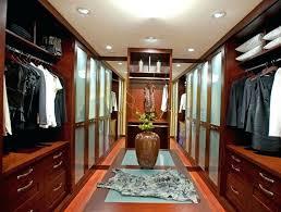 bedroom closet size legal