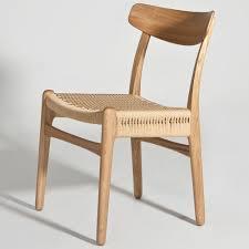 Hans Wegner CH23 Side Chair. >