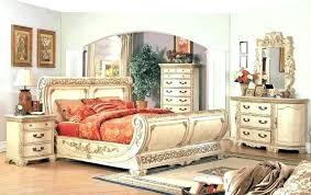 vintage look bedroom furniture. Delighful Look Vintage Look Bedroom Furniture Antique Style  Looking  Intended Vintage Look Bedroom Furniture